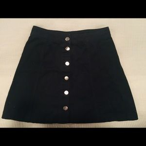 H&M size 6 button up corduroy skirt